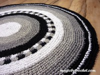 Area Rug-Tiled Round Rug-Gray Rag Rug- Your Custom colors- Cotton Rug, no.004