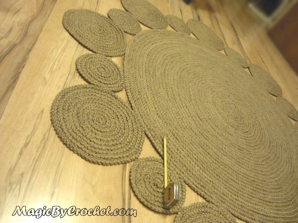Large Playful Round Rug, 6 ft ( 182 cm ), Natural jute Rug, no.027