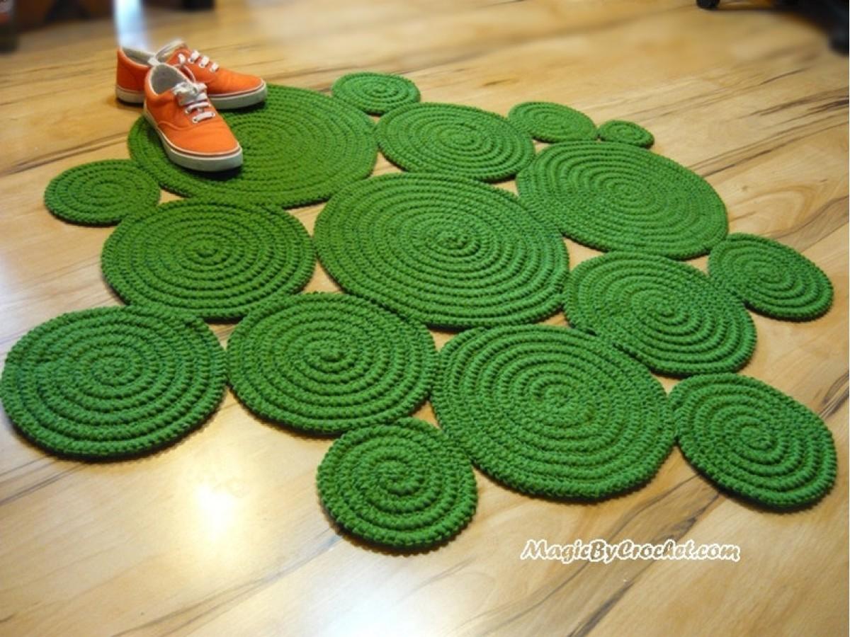 Super Soft Rug, Accent Rug, Freeform Rug, Hand Crochet Rug, Custom color Rug, Custom shape Rug, no.056